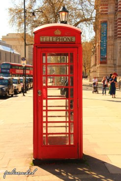 day-2-phone-box-juliarachel